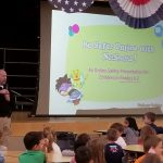 SPO Wayne Thomas presents Internet Safety to Evergreen Kindergarten